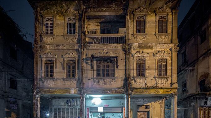 Huang Yongzhe et sa série«Centennial Arcade», qui archive les influences architecturales étrangères ou celles  <br/>de la diaspora chinoise dans les rues du port de Shantou, province du Guangdong.