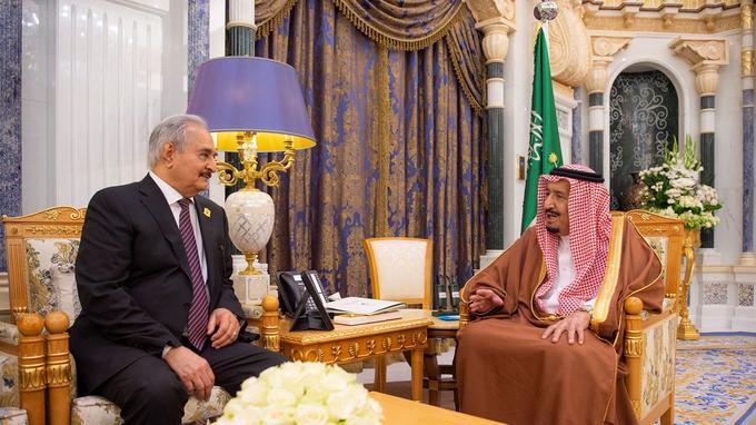 Haftar reçu par le roi Salman d'Arabie Saoudite le 27 mars 2019.
