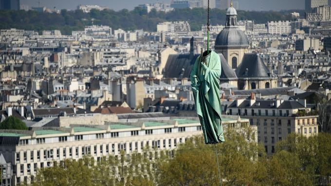 Les statues se dirigent désormais vers la Dordogne, où elles seront minutieusement restaurées dans un atelier spécialisé.