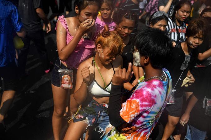Des dizaines de milliers de fêtards venus de toute l'Asie sont attendus au festival de musique S20 à Bangkok.