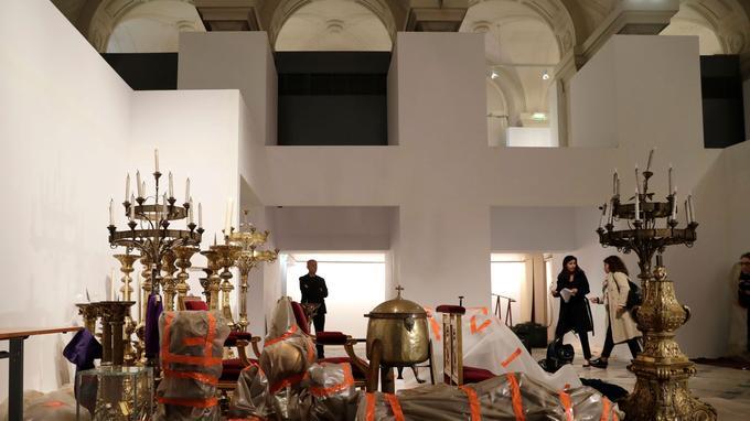Une partie des œuvres présente à l'intérieur de la cathédrale ont pu être extraites à temps.
