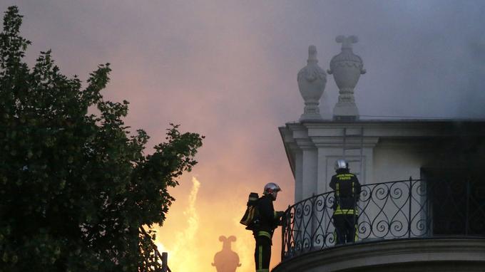 L'incendie à l'Hôtel Lambert de Paris dans la nuit du 9 au 10 juillet 2013.