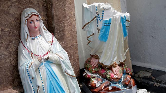 Dans l'église Saint-Anthony à Colombo où des dizaines de personnes ont été tuées. <br/>