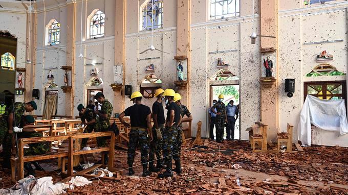 Les dégâts sont impressionnants dans cette église de Colombo.