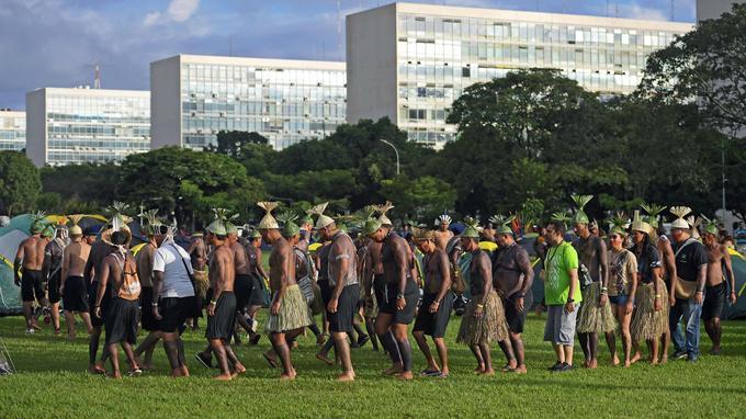 Quelque 2000 indigènes se sont rassemblés au cœur de Brasília.