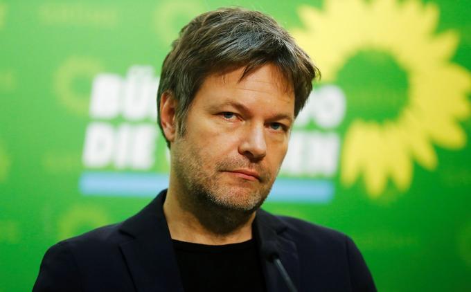L'écrivain Robert Habeck co-dirige le parti écologiste avec Annalena Baerbock.