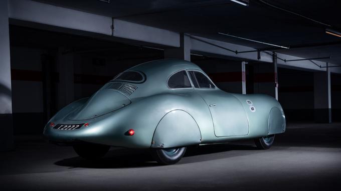 Le Type 64 représente l'acte fondateur de la marque Porsche.