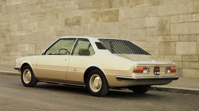 Les persiennes de la custode et les feux arrière annoncent la Série 5 E12 sortie en 1972.
