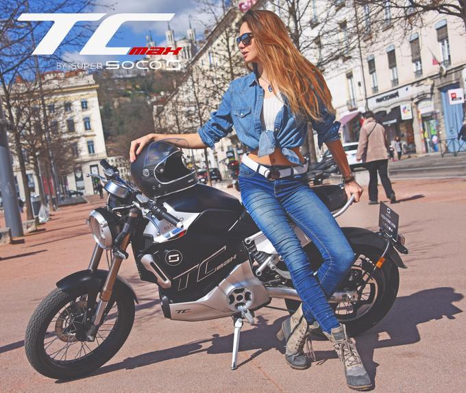 Proposée au tarif honnête de 4 499 euros (4 699 euros avec les jantes à rayons), sans compter le bonus de 750 euros, la Super Soco TC Max peut être considérée comme une bonne affaire.