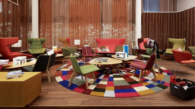 25hours Hotel Zurich West, un joyeux mélange de couleur dans une atmosphère chaleureuse.