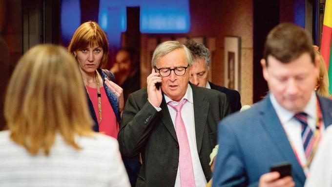 Les dirigeants européens, qui se sont réunis lundi à Bruxelles, n'ont pas réussi à trouver un accord pour désigner le successeur de Jean-Claude Juncker (au centre) à la tête de la Commission.