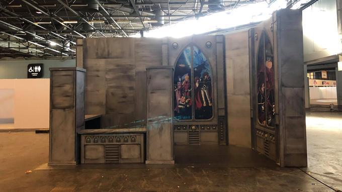 Depuis lundi 1er juillet, les stands sont en cours d'installation au Parc des expositions de Villepinte. Ici un stand  <i>Albator </i>des éditions Kana.