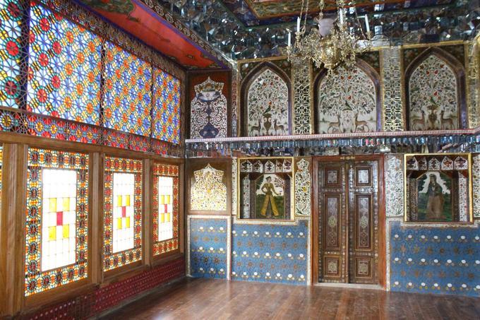 Le khanat de Chaki était, au XVIIIe siècle, l'un des plus puissants États du Caucase, avant de devenir le vassal de la Russie. Le palais du khan Muhammad Hasan a été érigé en 1797.