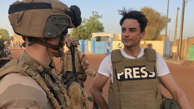 Julian Bugier a voulu rendre hommage à l'armée française en partant en immersion au Mali, l'un des lieux de l'opération Barkhane, qui lutte contre les troupes djihadistes.