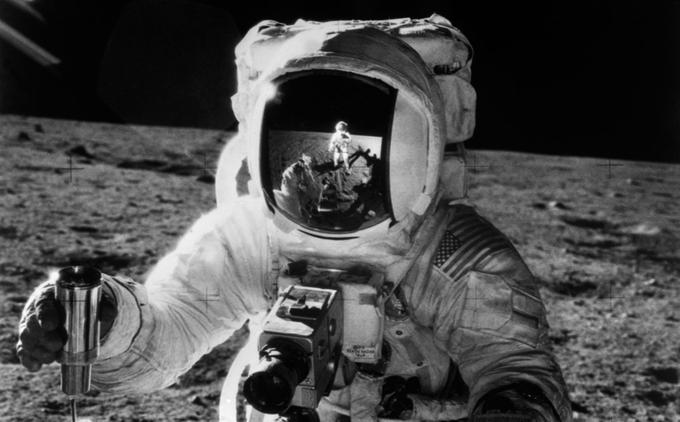 L'un des deux astronautes d'Apollo 12 ayant posé pied sur la Lune, le 19 novembre 1969.
