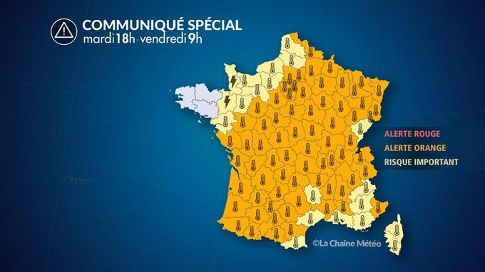 La quasi-totalité de la France a été placée en alerte orange ou orages.