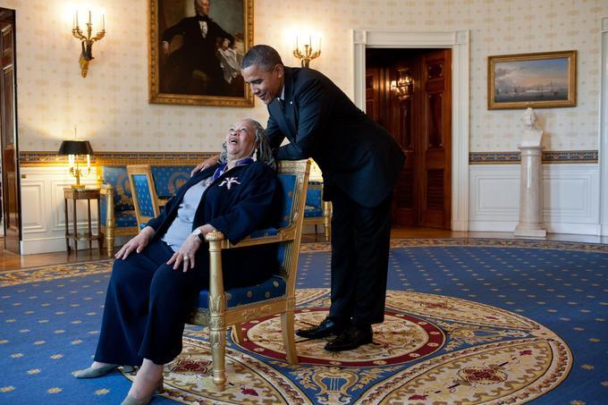 Toni Morrison et Barack Obama en 2012 à la Maison Blanche.