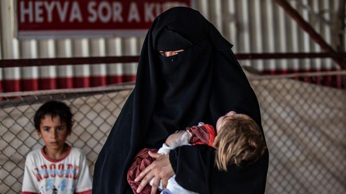 À Al-Hol, les déplacés vivent entassés dans des conditions très précaires.