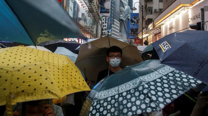Dimanche 18 août dans les rues de Hongkong.
