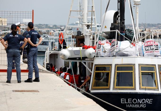 Le navire Eleonore, amarré au port de Pozzallo (Sicile), en dépit de l'interdiction des autorités italiennes, le 2 septembre 2019.