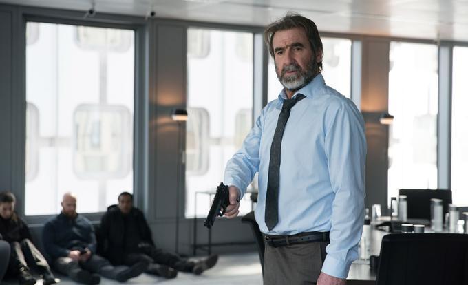Éric Cantona dans l'épisode 3 de Dérapages, sur Arte.