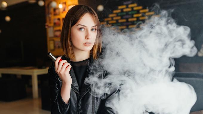 Millones de muertes evitadas con el cigarrillo electrónico. XVM6745bff0-a82a-11e7-8269-811617cc40e3