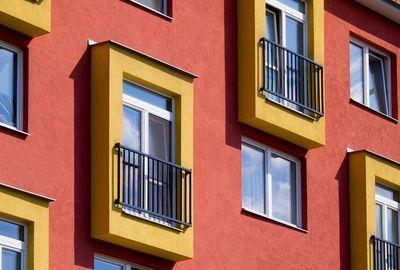 La création d'un syndicat de copropriété secondaire est possible même pour des bâtiments reliés par un garage