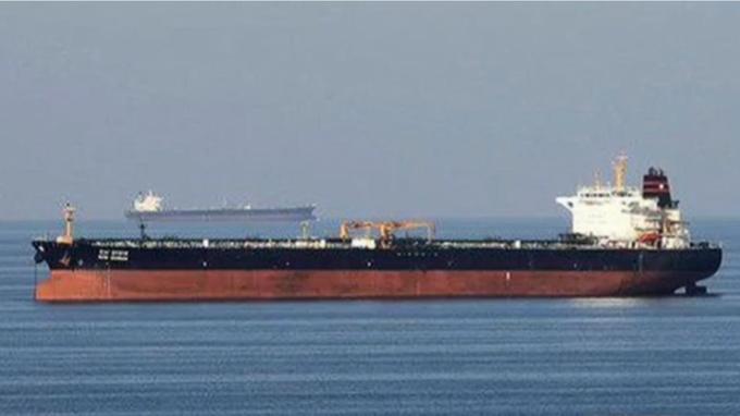 Deux pétroliers «attaqués» dans le Golfe d'Oman, l'un «coulé»