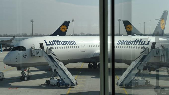 Lufthansa bousculé par les low-costs sur le court-courrier