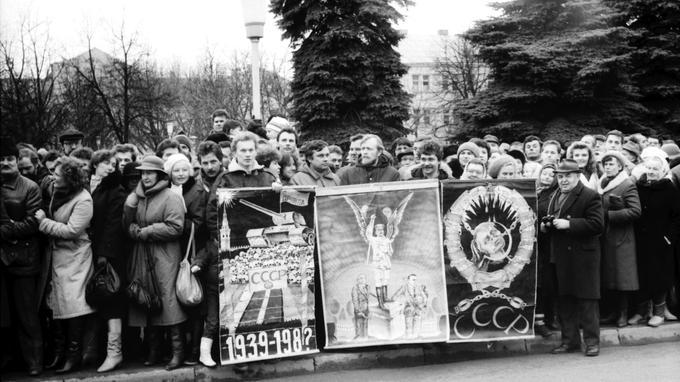 Le pacte Hitler-Staline: une date que la moitié de l'Europe n'oublie pas XVM4b16a436-c4f0-11e9-b04c-11f85bf6bf41