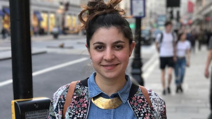 Sarah, 27 ans, de la fac d'histoire à la pâtisserie