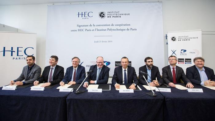 De gauche à droite, Xavier Gandiol (ENSTA), Christophe Digne (Télécom SudParis),  Yves Poilane (Telecom ParisTech), Peter Tod (HEC Paris), Eric Labaye (Polytechnique), Pierre Biscourp (ENSAE ParisTech), Didier Janci (GENES).