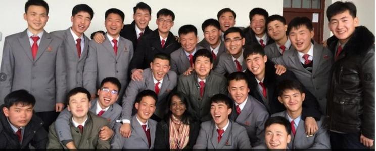 L'université recrute des professeurs anglophones (ici l'équipe d'enseignants). ©USTP