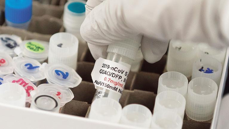 Coronavirus: Pékin accusé d'espionner les laboratoires de recherche américains