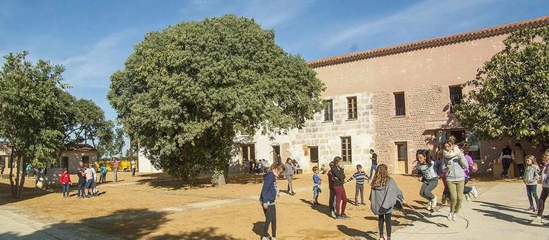 L'école accueille une centaine d'enfants jusqu'en 3 ème, une seconde sera créée l'an prochain.