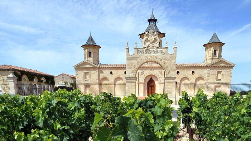 LIFESTYLE-WINE-ARCHITECTURE-INDUSTRY-FRANCE