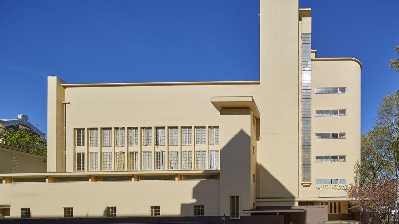 College Neerlandais (Dutch College) at the Cite Internationale Universitaire de PAris. Architect Willem Marinus Dudok.