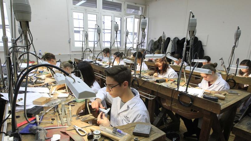 La formation est axée autour des cours en atelier où les étudiants passent vingt heures par semaine.©Sébastien Soriano.