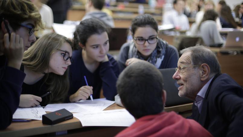 À l'instar des écoles jésuites de Catalogne, l'Esade veut instaurer la classe inversée.