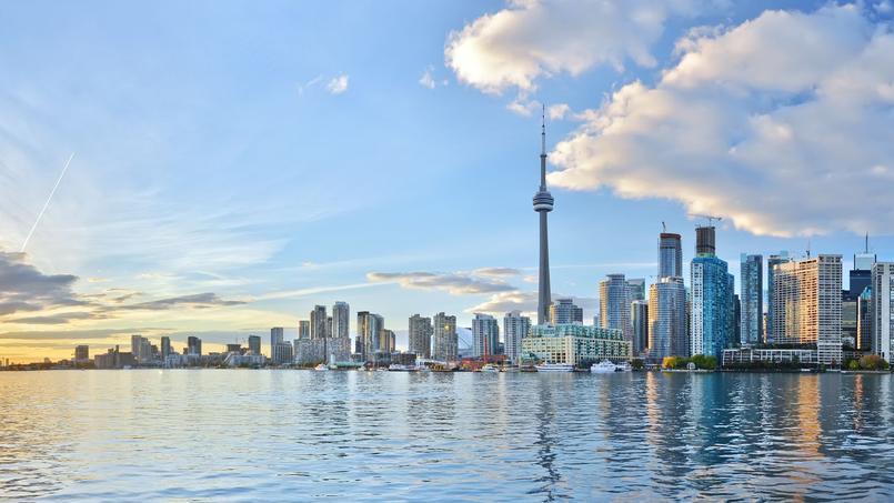 La ville de Toronto  <i>(notre photo)</i> a vu les prix de l'immobilier exploser en un an, dopés par les acheteurs étrangers.