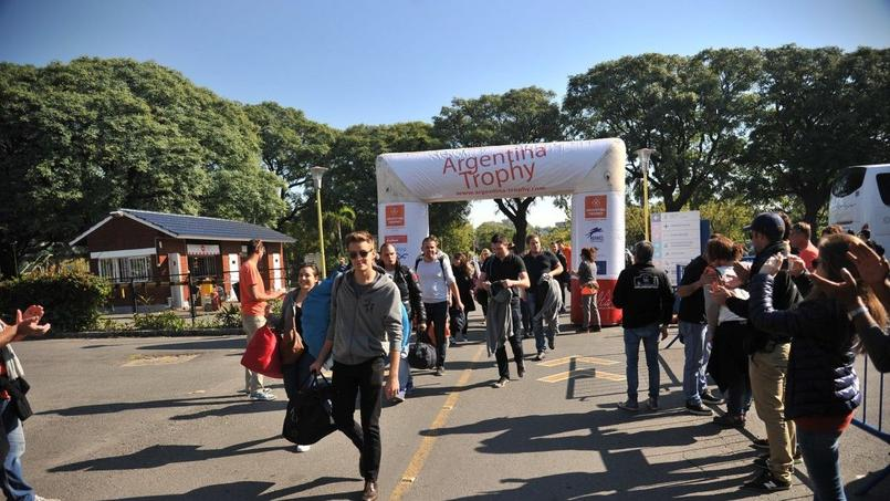 La veille du départ, les concurrents se sont retrouvés sur le village départ pour les derniers réglages.