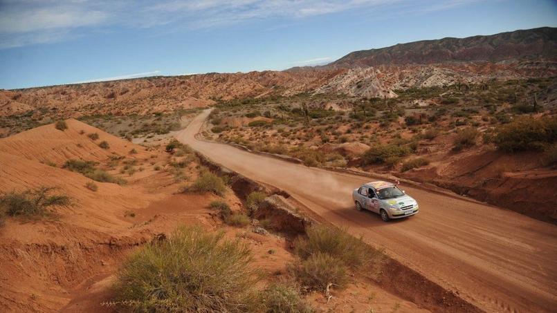 Les déserts et les roches rouges ont particulièrement plu aux participants de l'Argentina trophy. CC Desertours