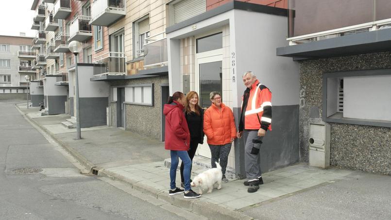 À Calais, les gardiens d'immeuble sont chargés de lutter contre les incivilités voire d'instruire des dossiers d'expulsion.