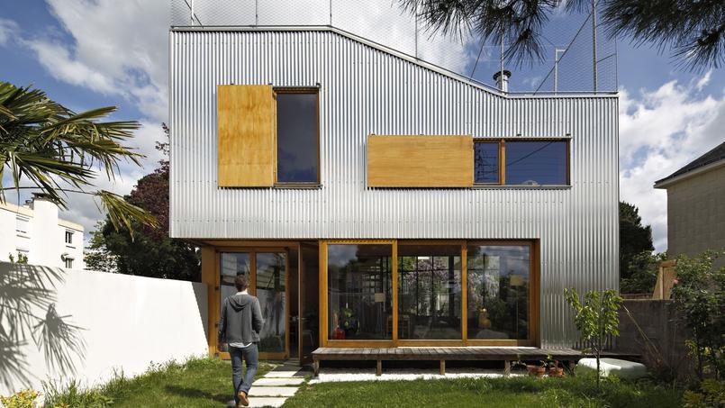 dans ces deux maisons le bonheur est dans l extension. Black Bedroom Furniture Sets. Home Design Ideas