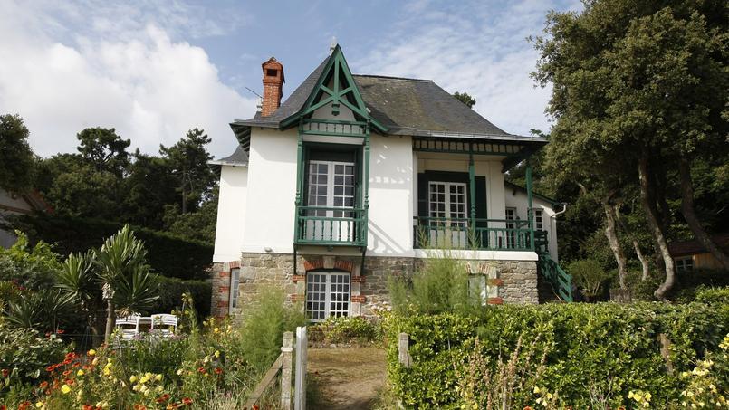 «Certaines personnes verront leur patrimoine immobilier plus taxé qu'auparavant, contrairement à ce qu'avait promis le gouvernement», a dénoncé Éric Woerth (LR)