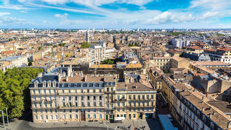 Vue aérienne sur la ville de Bordeaux