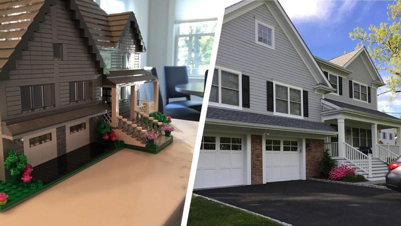 À gauche la version LEGO de la maison située à droite du montage.