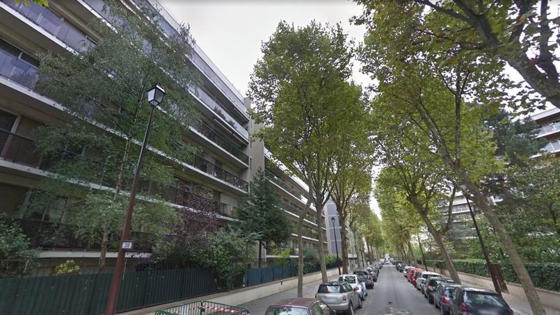 La rue Parmentier, à Neuilly-sur-Seine, où se trouve l'appartement squatté depuis trois mois.