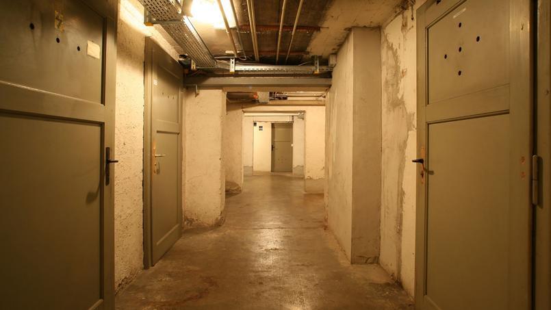 La société intervient notamment dans les caves, les cages d'ascenseur ou les halls d'entrée.