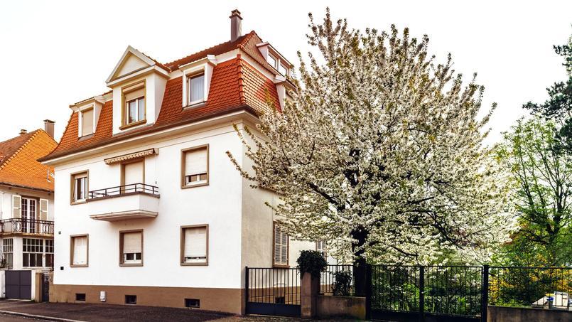 Une maison de ville, dans un quartier de Strasbourg.